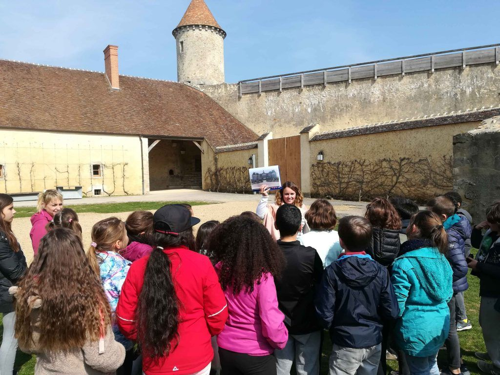 Château Blandy les Tours - Classe Moyen Age