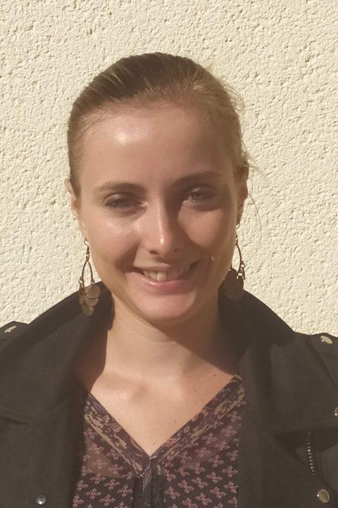 Chloë, secrétaire - Séjours scolaires